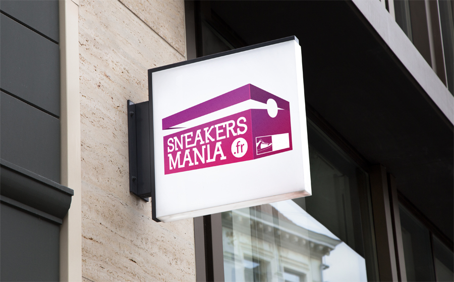 logo SNEAKERSMANIA